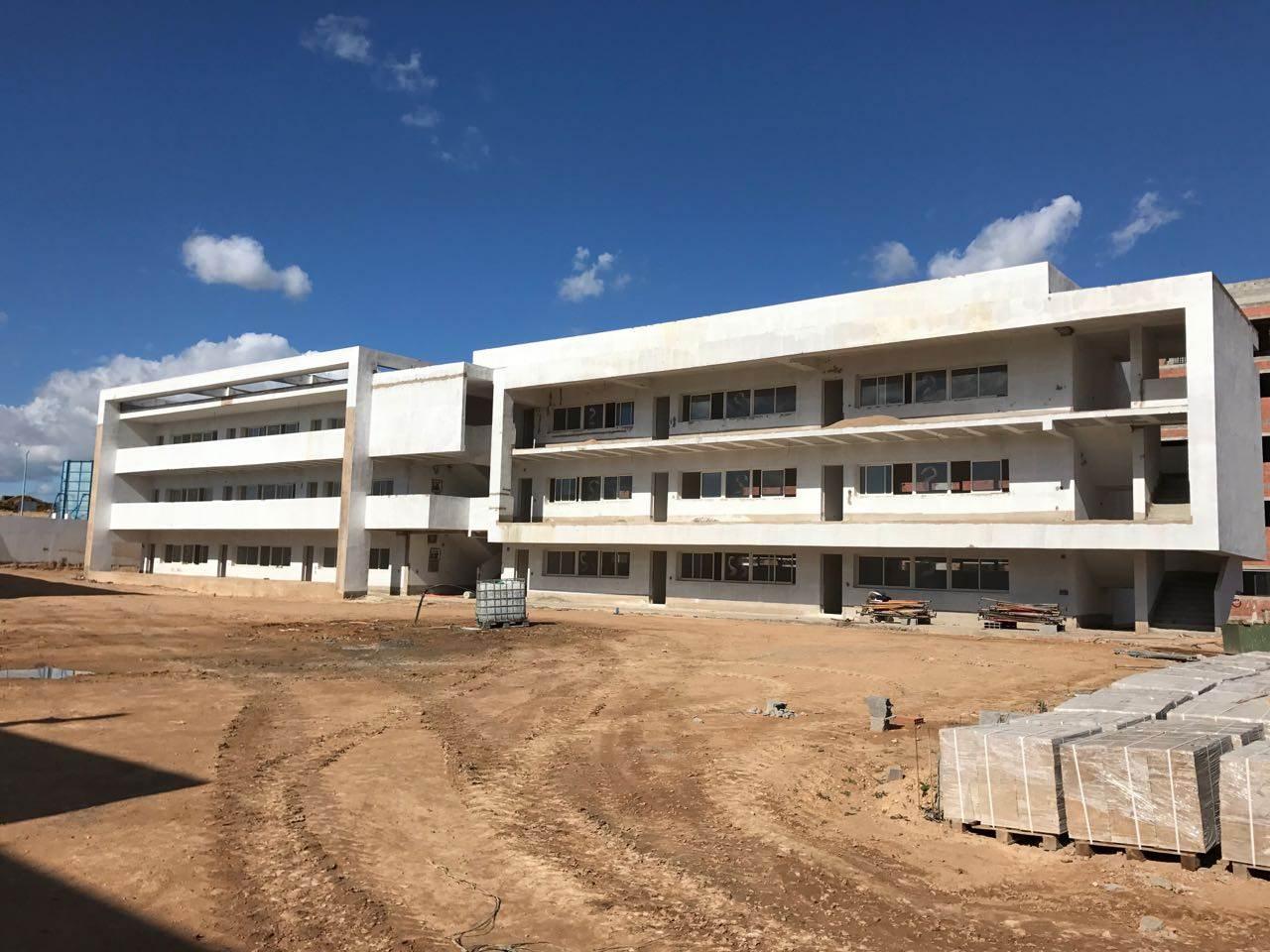 Lycée VICTORIA 3
